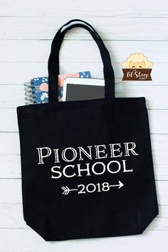 Tote Bag/Pioneer School 2018/JW Gift/JW Pioneer/Pioneer Gift/Book Bag These Totes make a great gift , or just a great bag to carry books, notebooks, bible tablet and even snacks and drinks since it is very roomy. Great keepsake for those attending to pioneer school this year and Jw Gifts, Book Gifts, Craft Gifts, Cute Gifts, Pioneer School Gifts, Pioneer Gifts, Jw Service, Caleb And Sophia, Jw Pioneer