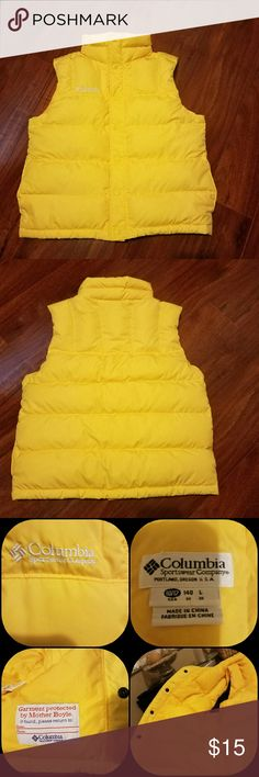 EUC Kids Columbia Vest EUC Yellow Columbia Puffer Vest. Vest is freshly laundered with zero signs of wear. In my opinion can be worn by boy or girl. Size 10/12. Columbia Jackets & Coats Vests