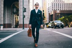 TAYLOR STITCH Taylor Stitch, Bespoke Suit, Attitude, Surfing, Menswear, Mens Fashion, Club, Suits, Men's Style
