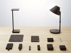Lampade che ricaricano lo smartphone e amplificano la musica.