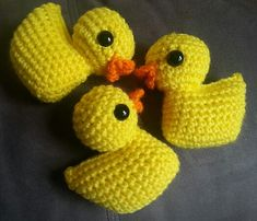To celebrate Little Yellow Duck Day (which was officially yesterday), I am finally posting the patterns for Larry, Darryl, and Other Brother Darryl. Other Brother Darryl was my favorite of the 3.