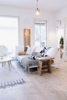 60 Best Inspire Scandinavian Living Room Design December Leave a Comment It's very easy to recognize a Scandinavian interior design. But there isn't just one Scandinavian style but several and they all have certain elements in com Home Living Room, Living Room Decor, Living Spaces, Living Area, Scandi Living Room, Living Walls, Living Room Inspiration, Home Decor Inspiration, Decor Ideas
