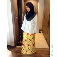 #kaifiyyahdreamstyle #auratfirstbeforefashion #themodestymovement #flowerpower #silk #maxiskirt #happycustomer #blissed