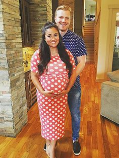 Sean and Catherine Giudici Lowe Welcome Son Samuel Thomas http://celebritybabies.people.com/2016/07/02/sean-lowe-catherine-giudici-welcome-son-samuel-thomas/