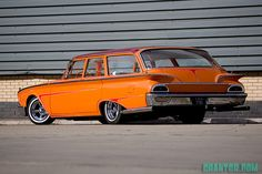 1960 Ford Ranch Wagon On Supremes & Bellflowers...
