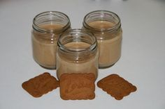 yaourt-maison-speculoos Delicious Desserts, Yummy Food, Mousse Dessert, Biscuits, Homemade Yogurt, Vegan, Peanut Butter, Food And Drink, Cooking Recipes