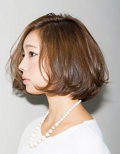 ゆらり、揺らぐ髪に多彩な表情をのぞかせて|BOB|ヘアスタイル|web!!ar