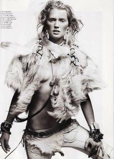 Urban Native American Fashion - Vogue Spain April 2011 Editorial Features the Fierce Toni Garrn
