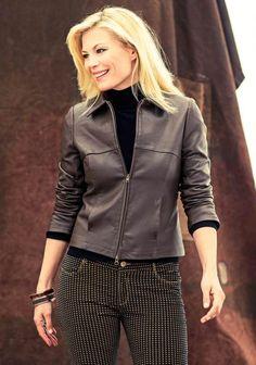 Nahkajakku SK 08/2014. Leather Projects, Jacket Pattern, Most Beautiful, Sewing Patterns, Jackets For Women, Bomber Jacket, Leather Jacket, 12 Image, Style