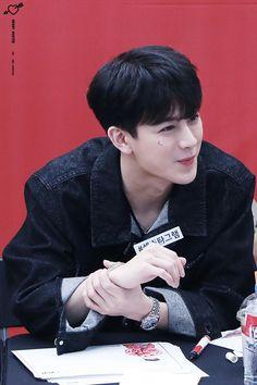Welcome to iKON-Official, your daily source of all news, updates, pictures, videos and everything. Yg Ikon, Ikon Kpop, Chanwoo Ikon, Kim Hanbin, Mix Match, Mix And Match Ikon, Ikon Songs, Ikon Wallpaper, Yg Entertainment
