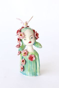 Louisa - figurative ceramic sculpture, by Clairy Laurence