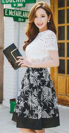 StyleOnme_Floral Print Black Trim Organza Flared Skirt #floral #black #flared #elegant #chic #feminine #girly #style #lace #flared #skirt #koreanfashion