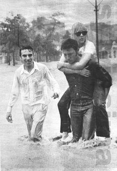 """Johnny ha salvato Sylvie"" article du magazine italien ""Tempo"" février 1967 page 2"