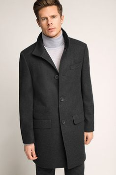 The Esprit Online-Shop offers a large selection of high quality fashions for men, women and children as well as the latest fashion accessories and furnishings. Latest Fashion, Mens Fashion, Neue Trends, Mantel, Wool Blend, Fashion Accessories, Menswear, Coat, Check