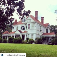 """So sad!  R.I.P you beautiful Victorian! Sad news from @mississippihouses ・・・ """"Sad news out of Hazlehurst...this beauty burned to the ground last night.  It was one of my very favorite Victorians and absolutely stunning in person. #mississippihouses #hazlehurst #Mississippi #oldhouse #oldhouselove #oldhousecharm #archilovers #archi_ologie #architecture #houseportrait"""" Tag #midmodmondays tomorrow"""