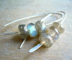 gray crush . sterling silver hammered . labradorite