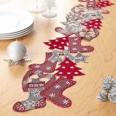 Christmas garland table runner 20 x 140 cm - Centerpieces & Table Runners - Assorted All Things Christmas, Christmas Crafts, Christmas Ornaments, Cute Christmas Stockings, Nordic Christmas, Modern Christmas, Beautiful Christmas, Christmas Sewing Projects, Holiday Crafts