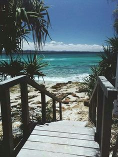 Byron Bay … one of many beautiful places but deadly, box jellyfish, searing sun and a sad desolation … glad to leave Australia! Work And Travel Australien, Destination Voyage, Byron Bay, Holiday Destinations, Australia Travel, Wonders Of The World, Places To See, Beautiful Places, Meditation
