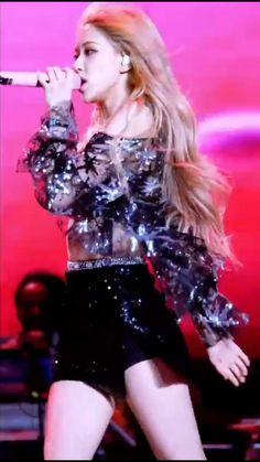 Rose Video, Blackpink Video, Foto E Video, Black Pink Songs, Black Pink Kpop, Foto Rose, Kpop Girl Bands, Black Pink Dance Practice, Rose Icon