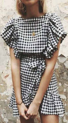 gingham ruffle dress + gold disc necklace | womens outfit ideas | summer cocktail dress
