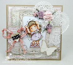 Handgemachte Magnolia Karte  Love Love Love von DeeDeesCardArt, €9.00