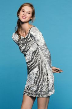 Kimchi Blue Chandelier Velvet Bodycon Dress #urbanoutfitters