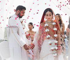 Indian Bride And Groom, South Indian Bride, Indian Bridal, Bride Groom, Wedding Album Design, Wedding Trends, Wedding Looks, Dream Wedding, Indian Wedding Photographer