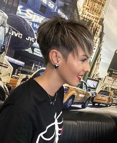 Hair Beauty - Best Short Haircuts for Women 2018 – 2019 - Hair haircuts Hairstyles shorthair shorthaircut - Short Hairsty Very Short Hair, Short Straight Hair, Short Hair With Layers, Short Hair Cuts For Women, Short Hair Styles, Thick Hair, Long Hair, New Short Hairstyles, Short Pixie Haircuts