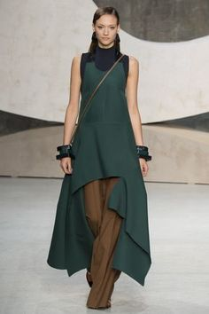 Marni Spring 2016 Ready-to-Wear Collection Photos - Vogue