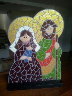 Holy family stained glass decor -- image only Tile Crafts, Mosaic Crafts, Mosaic Projects, Stained Glass Projects, Mosaic Art, Mosaic Glass, Christmas Mosaics, Christmas Nativity, A Christmas Story