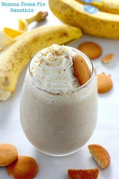 Healthy Banana Cream Pie Smoothie by @bakerbynature