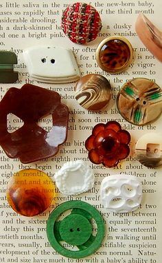 Celluloid and plastic vintage buttons