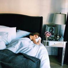 Imagen de beauty, cami morrone, and bed