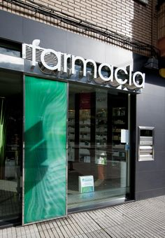 Farmacia Fdez-Nespral, El Entrego Design Exterior, Shop Interior Design, Retail Design, Door Design, Sign Fonts, Writing A Research Proposal, Nursing Research, Vintage Light Fixtures, Shopping Quotes