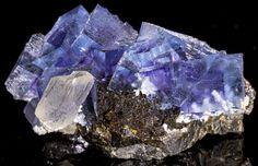 Phantom Fluorite, Sphalerite, Calcite & Barite - Cave-in-Rock, Ilinois