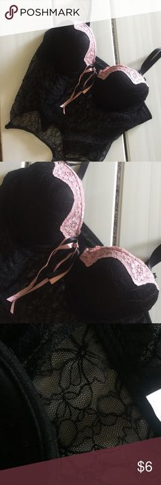 Lingerie 34 B black lace / Intimates Lingerie/ Intimates  Black Lace, underwire 34 B with adjustable straps .  Very sexy Intimates & Sleepwear Bras