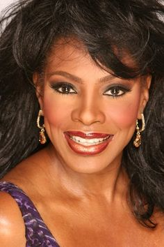 Sheryl Lee Ralph shares mitochondrial DNA  with the people of the Tikar ethnic group of Cameroon.