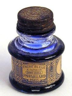 """Blue ink from J. Pailard in Paris, France. """"Encre Bleue A Tampon Sans Hile"""", translates to """"Blue Ink A Stamp Without Oil"""". Antique Bottles, Vintage Bottles, Bottles And Jars, Glass Bottles, Perfume Bottles, Vintage Perfume, Antique Glass, Vintage Antiques, Vintage Items"""