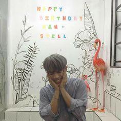 Korean Entertainment Companies, Pop Group, Happy Birthday, Entertaining, Memes, Boys, Cute, Sunshine, Pictures