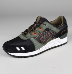 0f6c1af60ff7 WINTER TRAIL PACK Asics Gel-Lyte III in Black Black Army Leather   Textile  Upper with Textile Lining