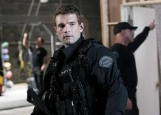 S.W.A.T. 2017 Series Alex Russell Image 1 (1)
