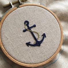 . . ⚓️. . . #프랑스자수 #손자수 #자수타그램 #자수 #대전프랑스자수 #취미 #핸드메이드 #원데이클래스 #취미스타그램 #아뜰리에올라 #올라자수 . . #刺繍 #ししゅう #broderie #bordado #stickerei #ricamo #handstitched #embroidery #handembroidery #needlework #handcraft . 무단도용금지