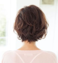 Gorgeous Short Hairstyles For Women Over 50 50 years is a graceful age. It is also said that 50 is the new In fact, start rediscovering yourself.Short Hairstyles for Women over 50 Wavy Layered Haircuts, Short Hairstyles For Thick Hair, Short Hair With Layers, Bob Hairstyles, Gorgeous Hairstyles, Short Hair Cuts For Women With Thick, Short Thick Wavy Hair, Medium Hair Styles, Curly Hair Styles
