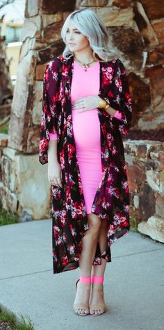 pregnant style, maternity fashion, looking while pregnant, pink & pretty