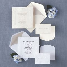 This traditional non-folding card with intricate border design gives your wedding invitation an elegant, Old World look.