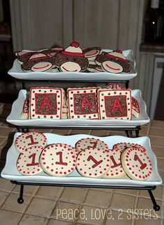 love these sock monkey cookies for party