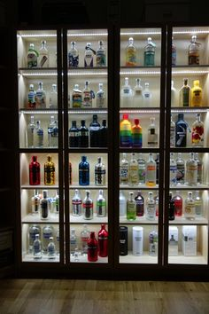 Absolut vodka Forum :: Ikea Billy bookcase + LED = Display for Dummies tutorial.