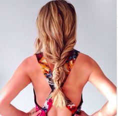 Loose braid-esque hair. Perfect beach hair!