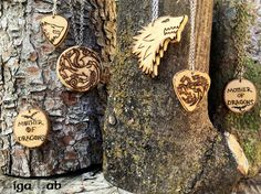Pendente Game of Thrones di GigaLabWoodCreations su Etsy