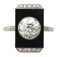 Art Deco 2.56 Carat Diamond and Black Onyx Platinum Dress Ring